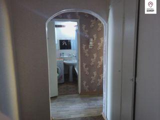 Straseni, apartament cu 3 camere, pret mic !