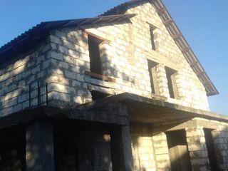 Sireti, Centru, casa noua, nefinisata in 2 nivele, la doar 15 km de Chisinau