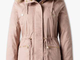 Куртки  весна- осень C&A