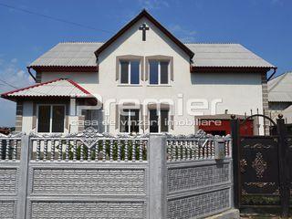 Se vinde casa cu suprafata de 200 mp, in orasul Sîngera, reparatie euro la doar 66 000 euro