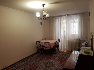 Apartament 60mp Riscanovca str. Kiev - cerc Pan-Com (McDonald's)