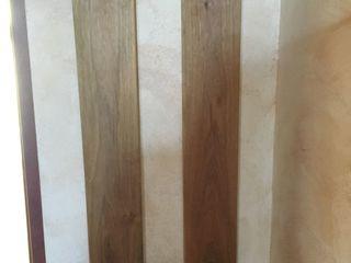 Cuier din lemn calitativ, prelucrat bine, alcătuit din 2 părți, unul lungimea de 1 m 15 cm, altul-1