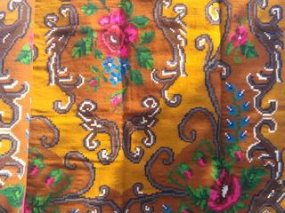 Продам ковёр ручной работы из натуральной шерсти. размеры: длина 2,80, ширина 1,90