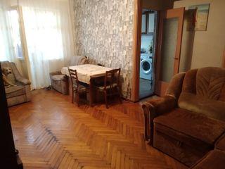 Продам 3-x комнатную квартиру !