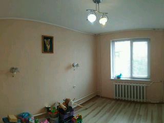 Буюканы, 3-комнатная, 70 кв.м, 5/14 этаж, хорошее место.