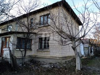M2-Vînzare, Casă, satul Cojuşna. Pret 17300 !!!