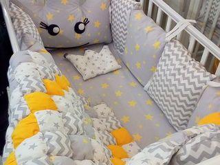 Acest model avem in stoc! Puteti sa il vedeti. Foarte frumos set de lenjerie de pat pentru copii.
