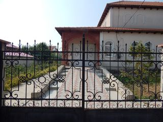 se vinde casa cu 2 etaje sat Tohatin