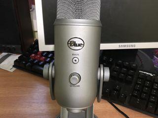 Microfon Blue Yeti