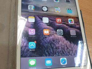 Планшет ipad mini 4G 64 gb 1300 lei
