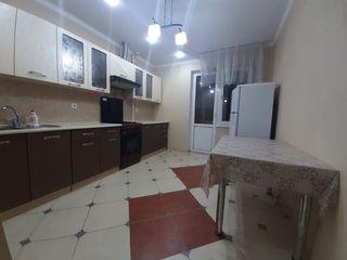 Apartament cu 2 camere 300 euro Riscanovca str. Kiev 16/6