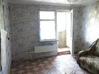 Dobrudgea, str Creanga 1/2, 30 m2 . et 5/5 = 10 000 euro, negociabil, schimb