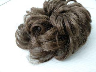 Продам накладные волосы,шиньон