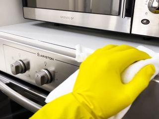 Servicii de curățenie generală sau după constructor!