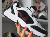 Nike Monarche , Adidas Yeezy Boost 350  1000 лей !!!!
