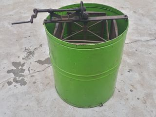 Vand centrifuga mecanica
