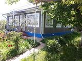 Продаётся кирпичный дом + САРАЙ  в Унгенском р-не. Дом жилой, готов к жизни. Торг