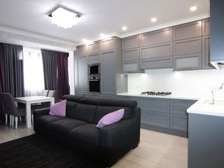 Un superb apartament cu 3 dormitoare+living,euroroparatie cu un design individual in sect.Centru!