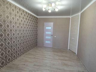 Vind apartament cu 2 odai camere separate 43.m,t
