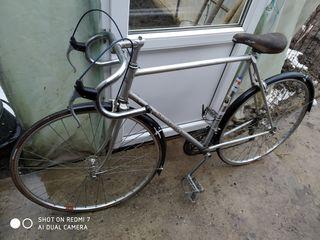 Vind bicicletă  în stare foarte bună