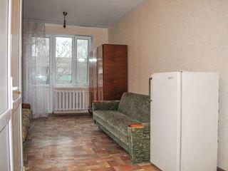 18 m2+ 15 m2, toate comoditatile proprii, linga Franzeluta.
