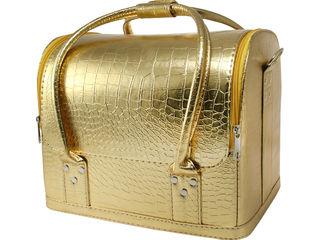 Сумка-чемодан визажиста и мастера маникюра
