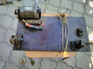 Продаётся электрическое, перемоточное устройство, для перемотки на шпульку:тонкого провода, ниток,тд