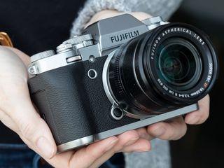 Продам фотоаппарат Fujifilm X-T3 kit 18-55mm