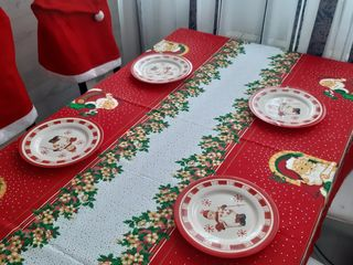 Новогодние скатерти  ,новогодние полотенчики , фартуки