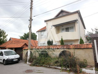 Casă în 3 nivele, Buiucani, bd. Alba-Iulia/str. Ion Callimachi, 350 m2, Euroreparație!