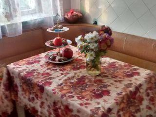 Продается трехкомнатная квартира, г. Тирасполь район Балка по ул. Юности