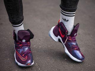 Nike LeBron 13 Performance