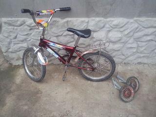 Bicicletă pentru copii