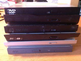 DVD-RW приводы для ноутбуков разные есть SATA - 70 лей и IDE - 40 лей подходят на любой ноутбук