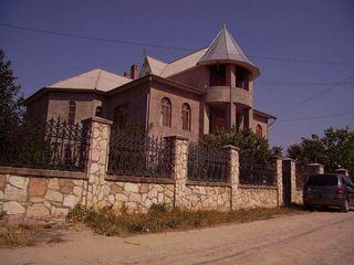 Casă în Ciorăscu