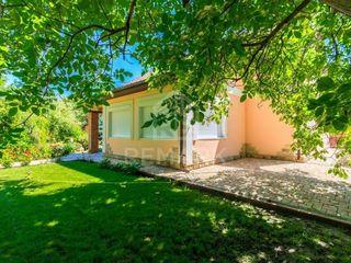Vânzare casă 100 mp 7 ari Pârâta 76900 €