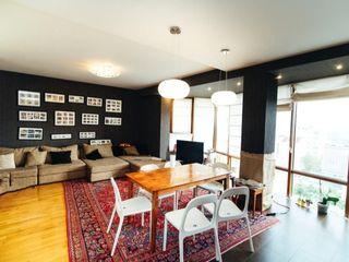 Spre Chirie apartament 3 odăi + living , Deluxe, Centru !