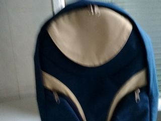 Продам дамскую сумочку - 100 лей и новый рюкзак - 300 лей