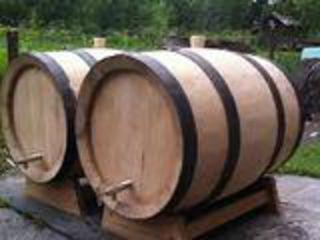 Butoaie pentru vin și țuică  din stejar de calitate superioara si scrinciobe din masiv pentru terase