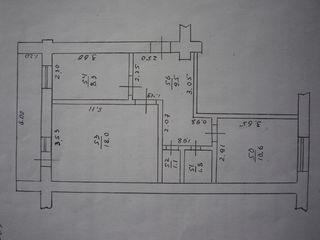 2-х комнатная квартира, Парковая зона, возле лицея В. Коробан, 3-этаж, середина дома.