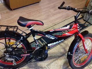 vând bicicletă pentru copii