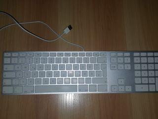 Tastatură Apple A1243 Keyboard din aluminium 850 lei