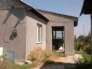Новый дом 99м2 в Каушанском районе рядом с Бендерами в селе Хаджимус на 22 сотках !