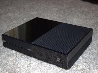 Xbox One - 3 jocuri incluse