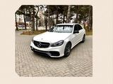 Mercedes W212  E 63             60€  zi    albe/negre   Poze reale!!!