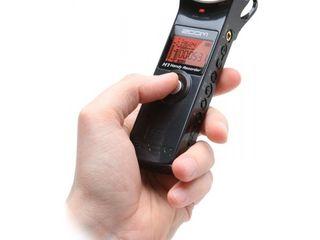 Компактный стерео-рекордер Zoom H1.
