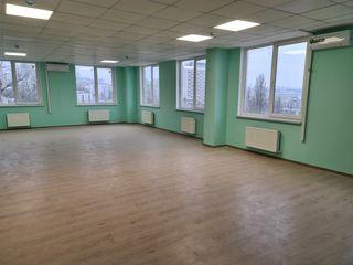 Arenda oficii (centru) de la 15m2 pina la 380m2 - open space -  la 6€/m2