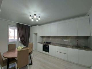 Apartament cu 2 camere + salon