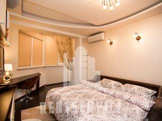 Centru  - apartament superb cu priveliste extraordinara. Посуточно элитная квартира в центре