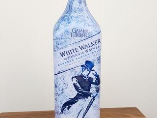 Vind Johnnie Walker - versiunea White Walker - de 1 litru